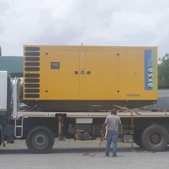 825kVA generator